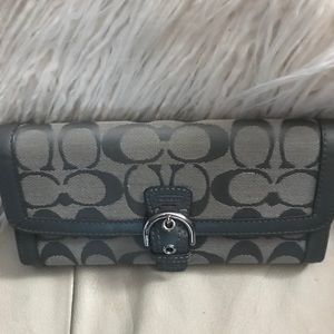 Coach wallet in great condition